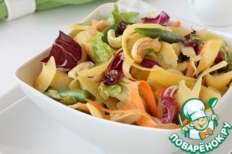 Рецепт: Витаминный салат из манго с кешью