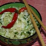 Острый салат из свежей капусты