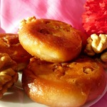 Печенье в сахарном сиропе с грецким орехом