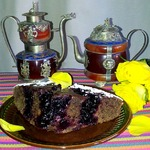 Постный кофейный пирог с черной смородиной