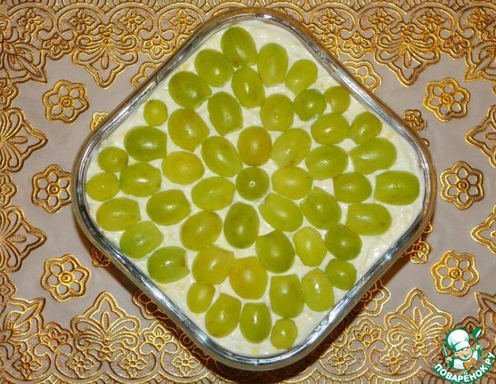 Рецепт: Салат из курицы с виноградом