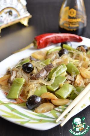 Рецепт: Фунчоза с лоби и вешенками