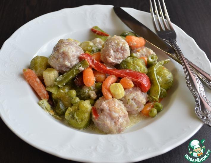 Рецепт: Фрикадельки с овощами