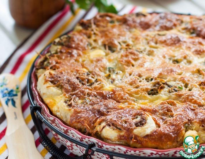 Рецепт: Слоеный пирог с фаршем и капустой