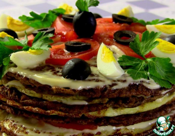 Рецепт: Печеночный торт с омлетом и помидорами