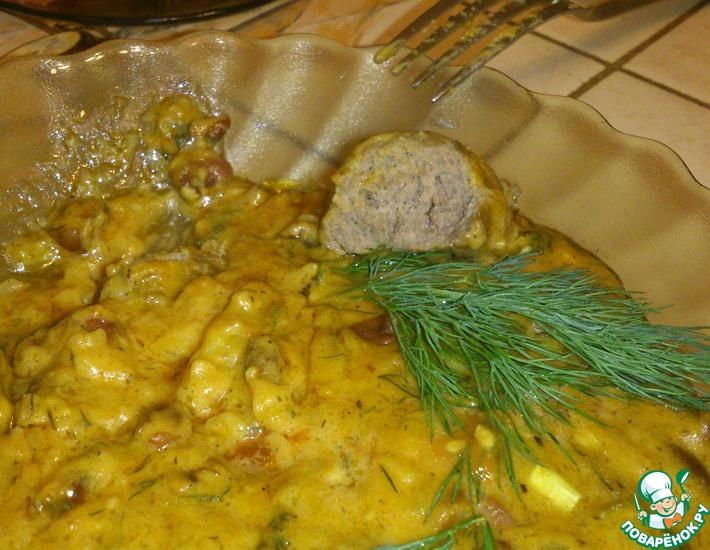 Рецепт: Фрикадельки с картофелем и фасолью в соусе