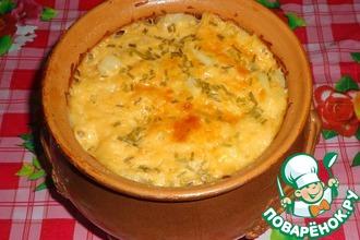Рецепт: Картошка с морковью и творогом в горшочке