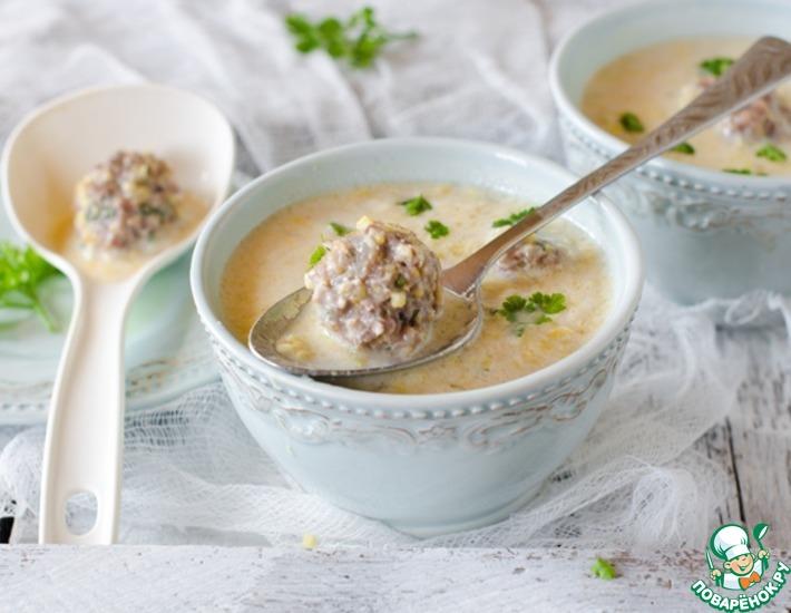 Рецепт: Кукурузный густой суп с фрикадельками в мультиварке