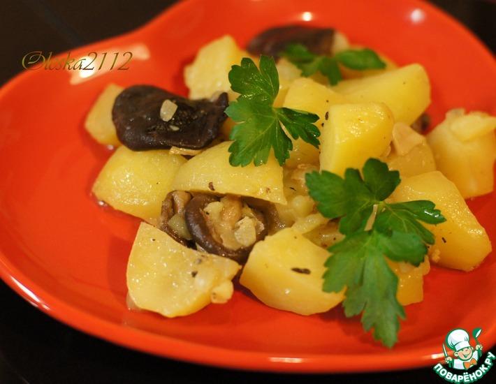 Рецепт: Тушёный картофель с грибами