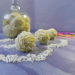 Куриные шарики в кокосовой стружке