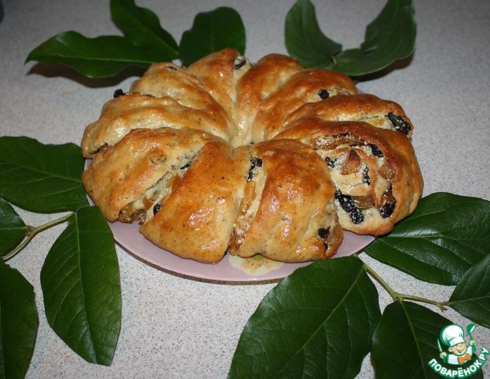 Рецепт: Пирог-рулет с миндалем и сухофруктами