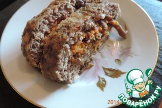 Рецепт: Рулет из фарша с опятами и морковкой по-корейски
