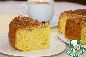 Cake with walnuts