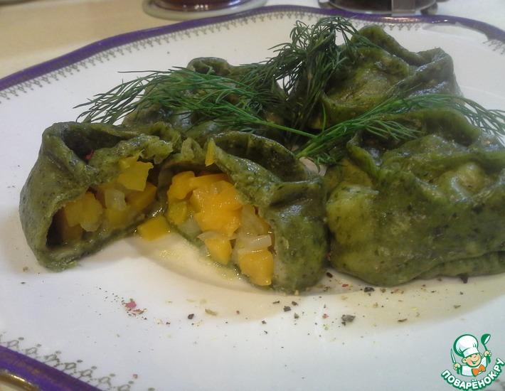 Рецепт: Зеленые манты с тыквой