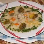 Сырный суп с брокколи и фрикадельками