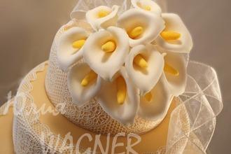 Рецепт: Каллы из сахарной мастики для тортов