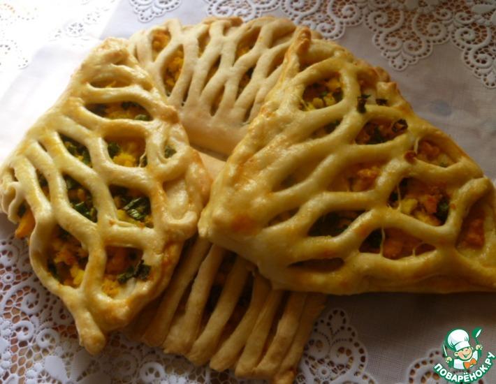 Рецепт: Слойки с варенным яйцом и зеленым луком