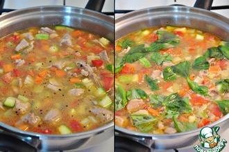Рецепт: Диетический суп-гуляш с овощами и с индейкой