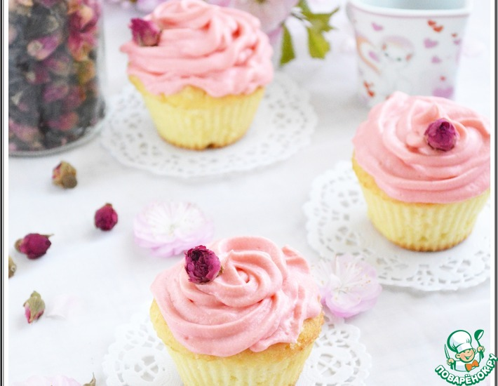 Рецепт: Капкейки с личи и розовой водой