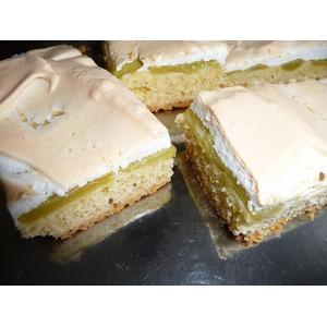 Сладкий пирог с ревенем