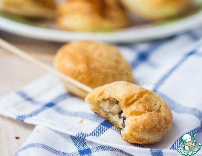 Рецепт: Мини пирожки с курицей на палочках