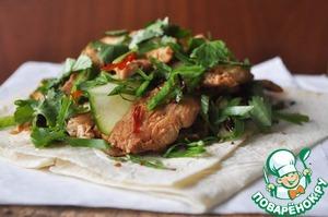 Посыпаем сверху порезанными зелёным луком и кинзой. Подаём.      Приятного Вам аппетита и отдыха!