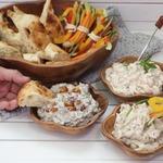 Закусочные дипы: грибной, луковый и креветочный