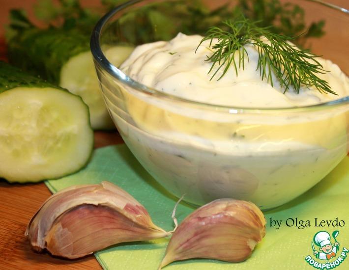 Рецепт: Острый крем-сыр из кефира с зеленью