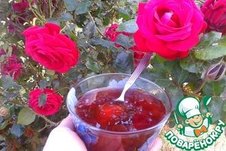 Рецепт: Варенье из розовых лепестков