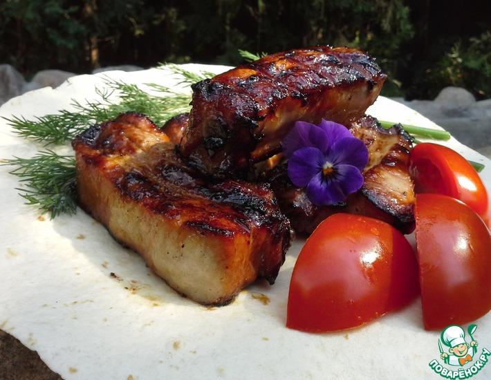 Рецепт: Свиные ребрышки в соево-кленовой глазури