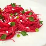 Спагетти со свекольным соусом