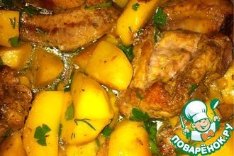 Рецепт: Ребрышки с картофелем в мультварке