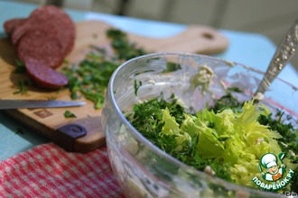 """Рецепт: Салат с сельдереем и брынзой """"Интересный"""""""