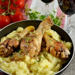 Пряные куриные бедра в соевом соусе