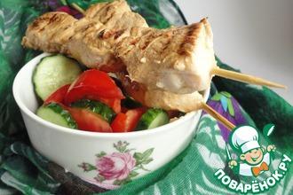 Рецепт: Куриные шашлычки в кефирном маринаде
