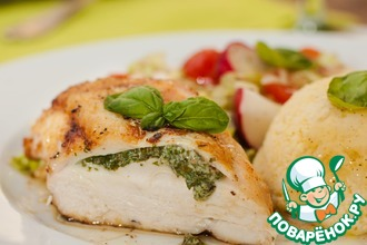 Рецепт: Куриные грудки со сметаной, зеленью и пшеном