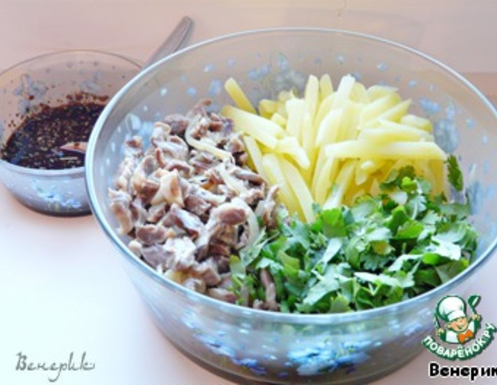 Рецепт: Салат из куриных желудочков по-корейски