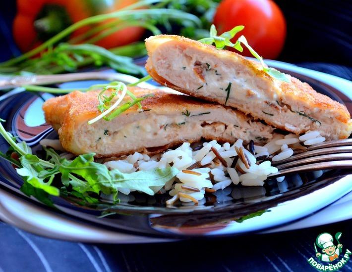 Рецепт: Куриные отбивные с фетой и вялеными помидорами