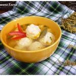 Куриный суп с сырно-рисовыми клецками