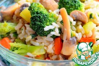Рецепт: Теплый салат из бурого риса с овощами