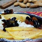 Айва в карамельном соусе с рисом