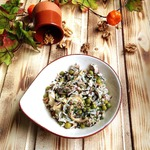 Салат из курицы и риса по-деревенски