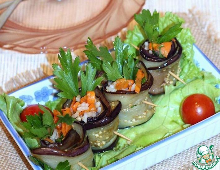 Рецепт: Рулетики из баклажан с ореховой начинкой