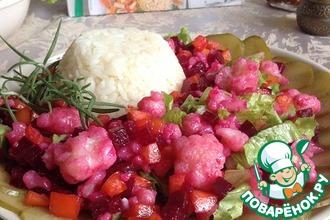 Рецепт: Салат с цветной капустой и свеклой