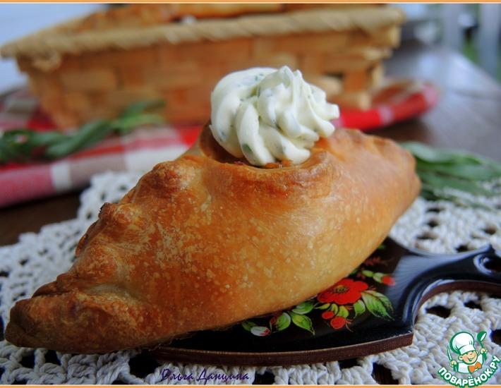 Рецепт: Праздничные расстегаи с рыбой и эстрагоновым маслом