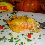 Закрытые картофельные тарталетки с рыбой и тыквой