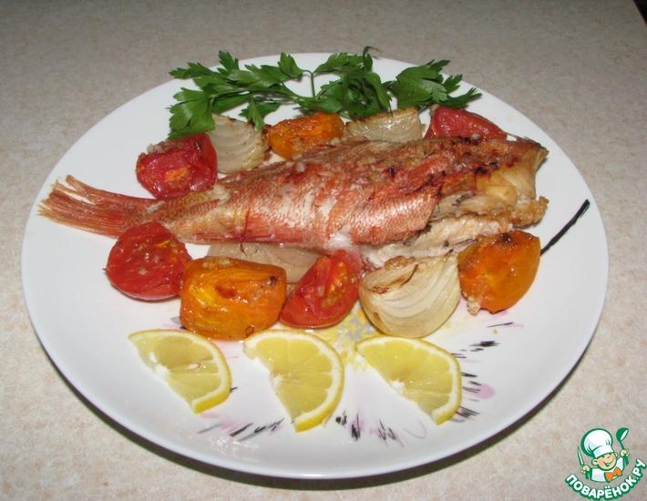 Рецепт: Морской окунь, запеченный с овощами