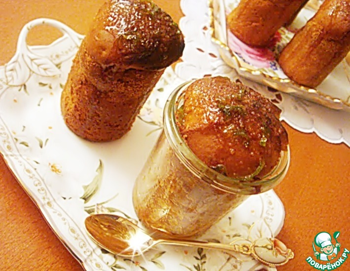 Рецепт: Маффины с фейхоа и цитрусовой глазурью