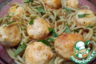Рецепт: Спагетти с мясными шариками в томатном соусе
