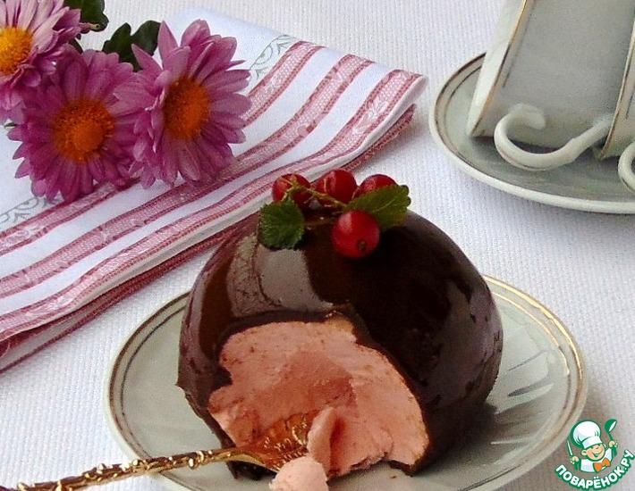 Рецепт: Десерт Ягодно-шоколадный шар